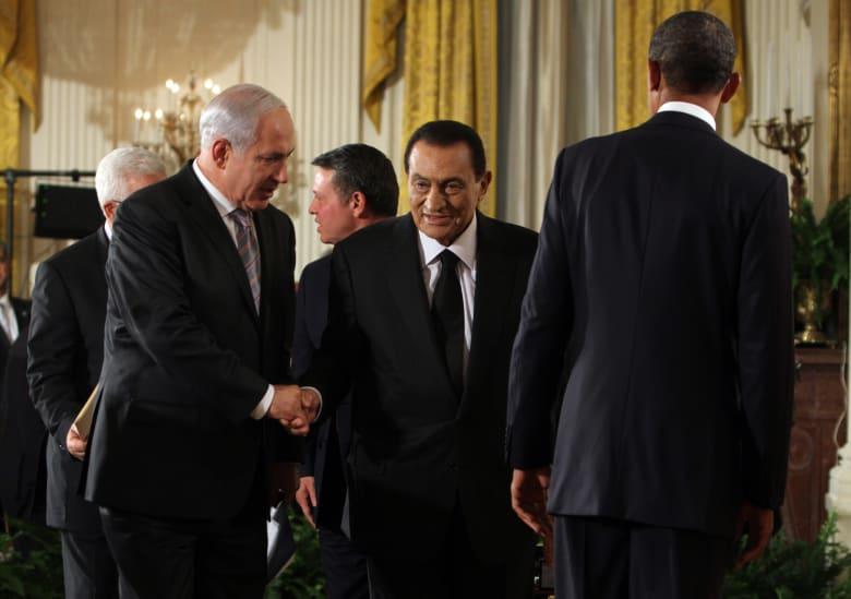 نتنياهو يعزي مصر والسيسي بوفاة حسني مبارك.. فماذا قال عن لقاءاته به؟