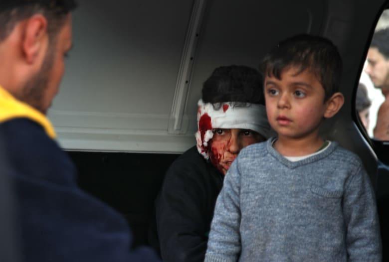 اتحاد منظمات الرعاية والإغاثة: مقتل 21 مدنيًا.. وقصف10 مدارس ومستشفى في سوريا