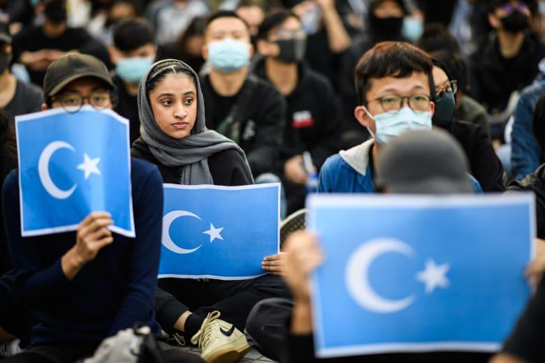 الصين تشكك في سجلات انتهاكات مراكز اعتقال الإيغور في شينجيانغ المُسربة إلى CNN