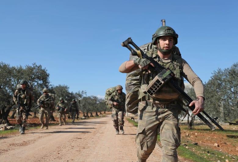 قوات تركية في شمال غرب سوريا