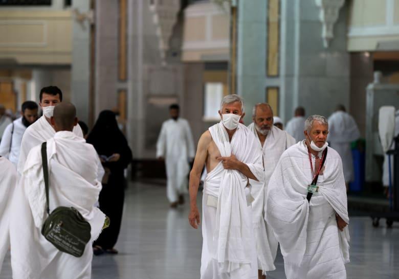 السعودية تعلق دخول مواطني دول مجلس التعاون إلى مكة والمدينة بشكل مؤقت