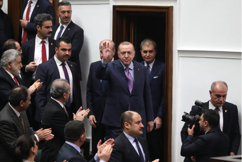 صورة ارشيفية لأردوغان داخل البرلمان التركي في فبراير 2020