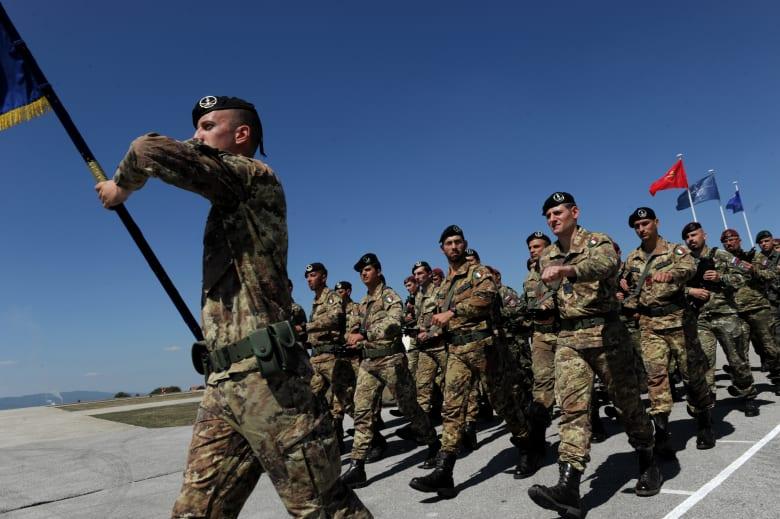 وزارة الدفاع الإيطالية: إصابة رئيس أركان الجيش بفيروس كورونا