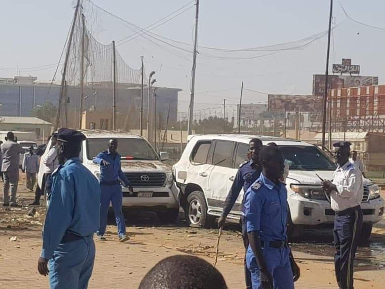 استهداف موكب رئيس وزراء السودان عبدالله حمدوك بعبوة ناسفة في الخرطوم