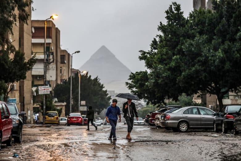مصر تواجه موجة غير مسبوقة من الطقس السيئ