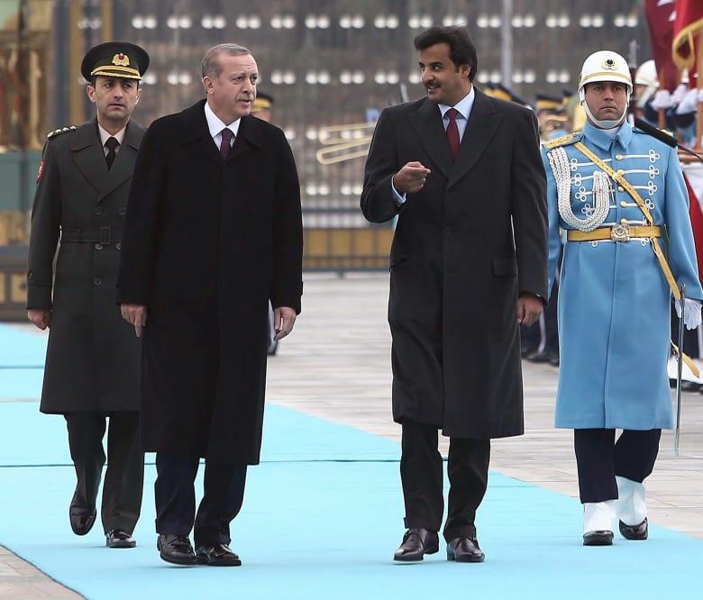 صورة ارشيفية لأمير قطر ورئيس تركيا العام 2014