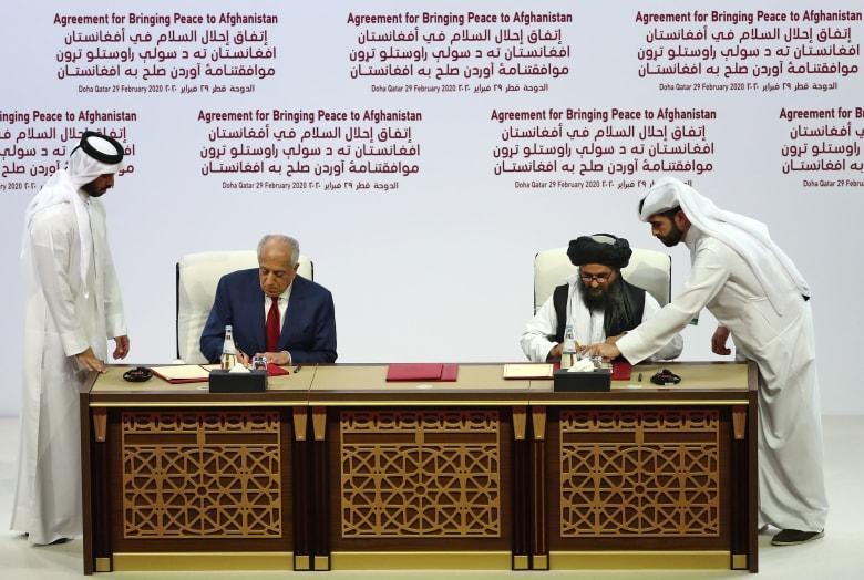 الولايات المتحدة وحركة طالبان توقعان اتفاقًا للسلام في أفغانستان