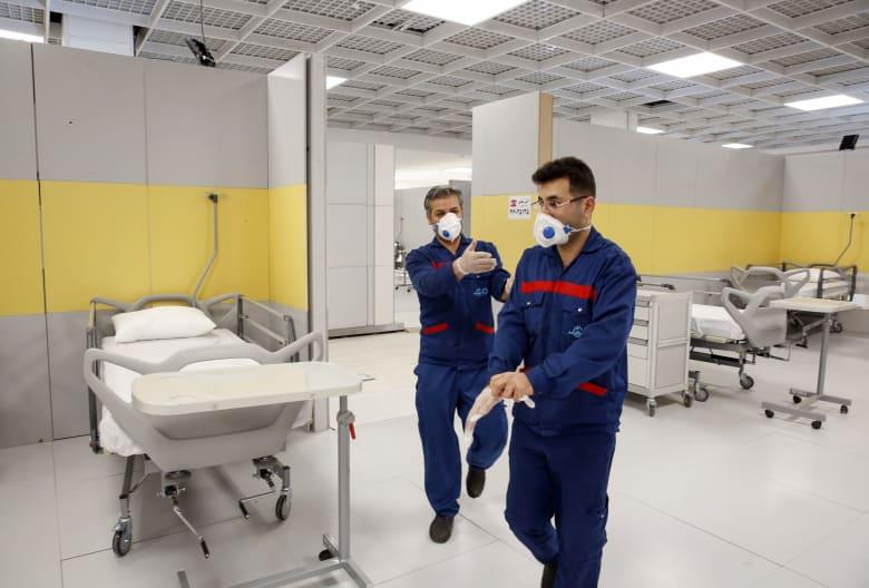 إيران تنشئ مستشفى ميداني في أحد مولات طهران لاستقبال مرضى فيروس كورونا المستجد
