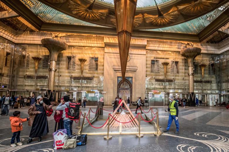 الصحة المصرية: 20 وفاة جراء فيروس كورونا منذ ظهوره في البلاد.. وإجمالي الإصابات 402