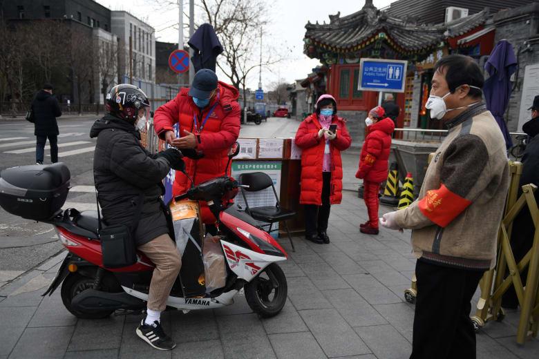الصين تبدأ إجراءات لإعادة الحياة إلى طبيعتها في البلاد بعد احتواء وباء فيروس كورونا