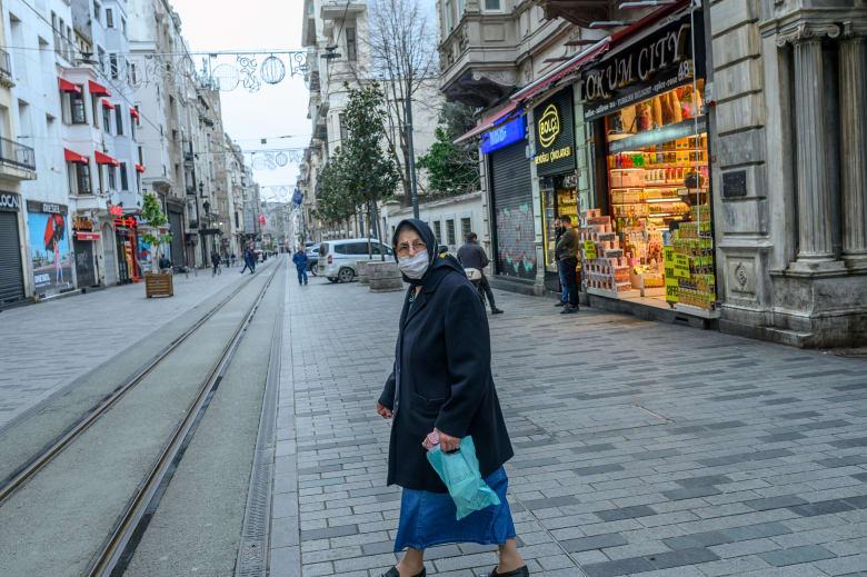 16 حالة وفاة و1196 إصابة جديدة بفيروس كورونا في تركيا