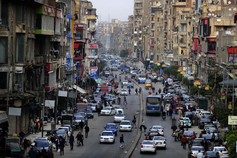 صورة أرشيفية لأحد شوارع القاهرة