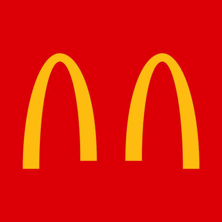 قامت شركة ماكدونالدز البرازيل الأسبوع الماضي، بإبعاد أقواسها الذهبية الشهيرة عن بعض
