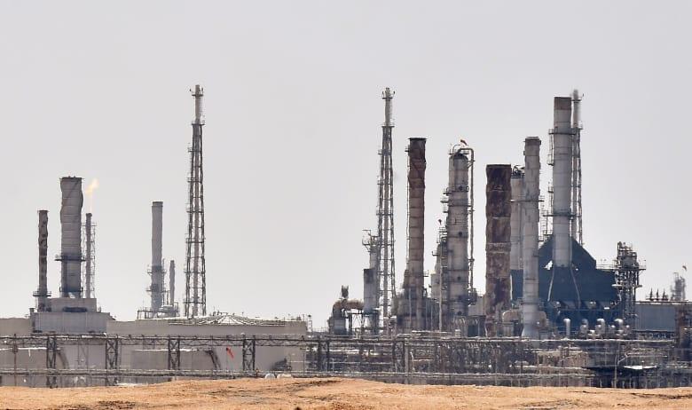 ابتداء من مايو.. السعودية ترفع صادراتها النفطية إلى 10.6 مليون برميل يومياً