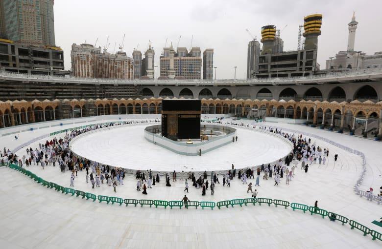السعودية توضح موقفها من موسم الحج المقبل في ضوء أزمة كورونا