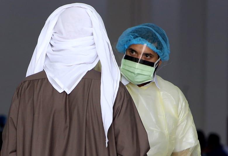 الكويت تسجل أول حالة وفاة بفيروس كورونا المستجد.. وحالات الشفاء تبلغ 93