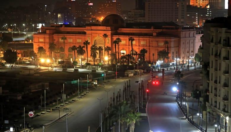 """مصر.. 128 إصابة و9 وفيات جديدة بسبب كورونا.. ونقل الحالات """"البسيطة"""" لمدن جامعية"""