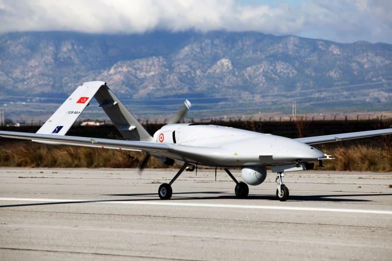 طائرة مسيرة تركية تقصف مخيما للاجئين في العراق وتقتل امرأتين