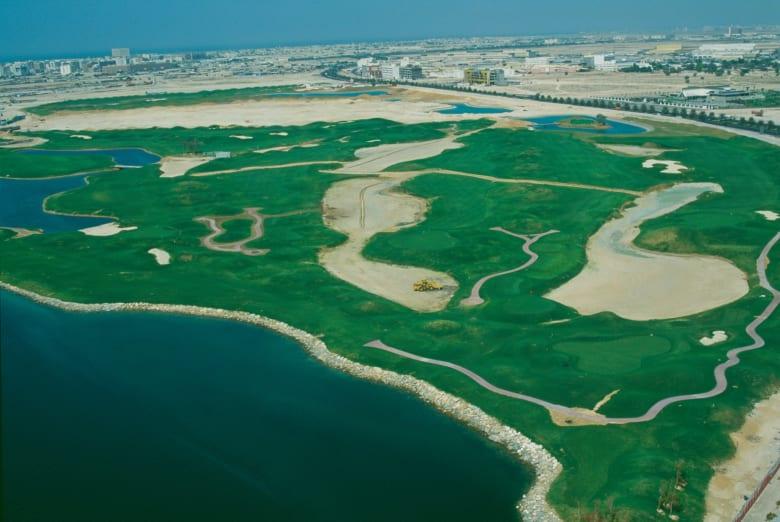 من بينها دبي.. اكتشف 10 من أبرز مضامير الجولف حول العالم