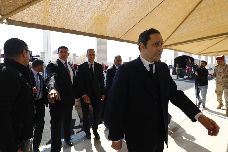 صورة ارشيفية لعلاء مبارك (يمين) وشقيقه جمال (يسار)