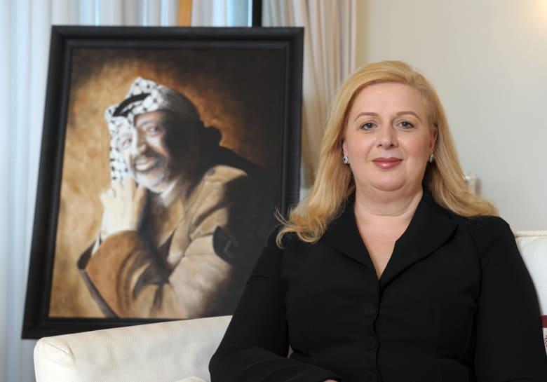سهى عرفات: أعتذر عن حرق علم الإمارات وشتم رموزها