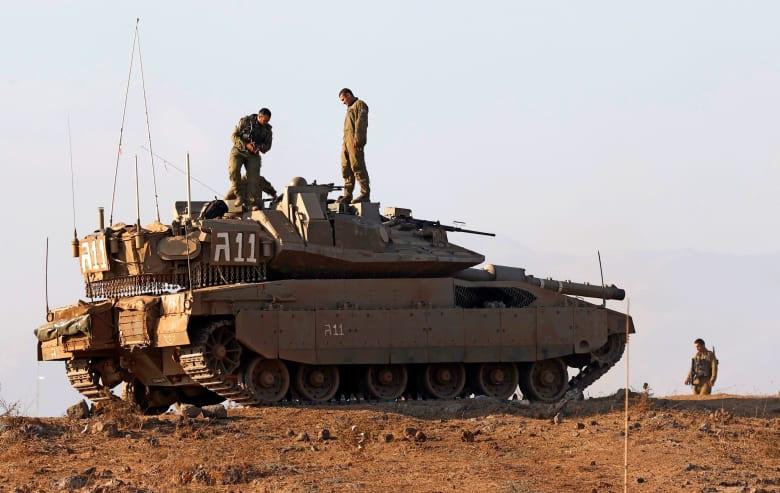 صورة أرشيفية لدبابة إسرائيلية خلال تمرينات في الجولان بـ4 أغسطس 2020