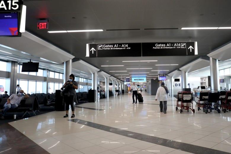 أكثر مطارات العالم ازدحاماً.. كيف أثرت عليها جائحة فيروس كورونا؟