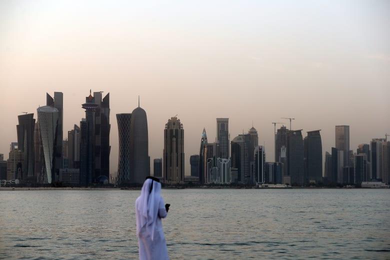 """جامعة قطر تعلق فعالية فرنسية إلى أجل غير مسمى ردًا على """"الإساءة المُتعمدة للإسلام"""""""