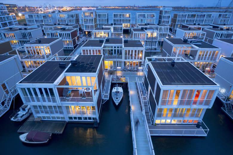 بظل واقع مناخي جديد.. إليك إحدى أكثر التصاميم المبتكرة لمقاومة الفيضانات بالعالم