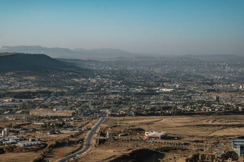 الجيش الإثيوبي يقصف عاصمة إقليم تيغراي بعد انتهاء مهلة أبي أحمد للاستسلام