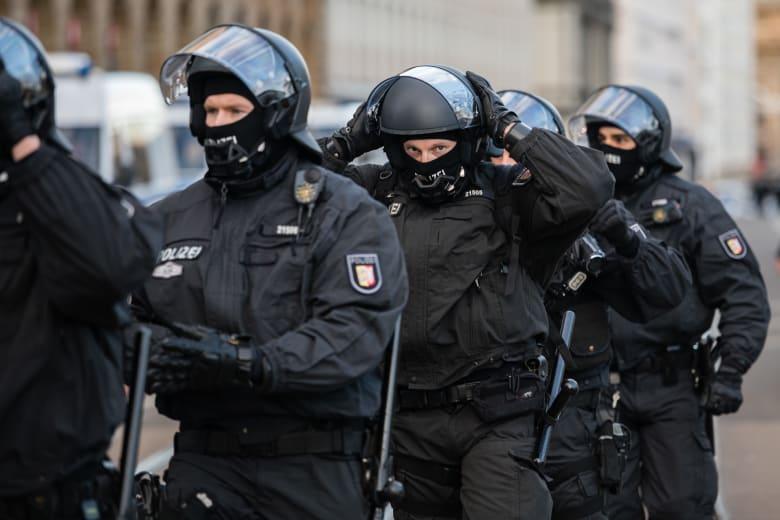 الشرطة الألمانية: سقوط قتيلين وعدة مصابين إثر صدم سيارة لمشاة في مدينة ترير