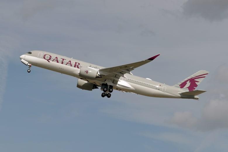 البحرين تعلن فتح مجالها الجوي أمام الطائرات القطرية اعتباراً من صباح الاثنين
