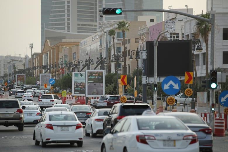 السعودية تقر توطين العمل بتطبيقات نقل الركاب بنسبة 100٪