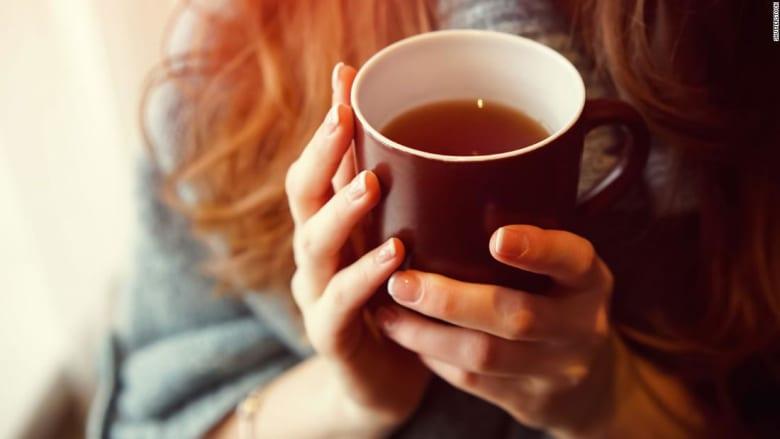 الصحة المصرية تطالب بمنع الأطفال من شرب الشاي مع وجبات الطعام.. إليك السبب