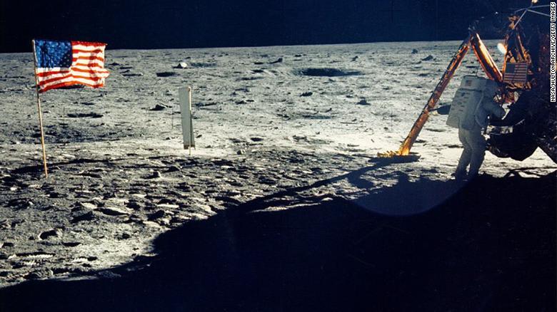 مهمة أبولو 11