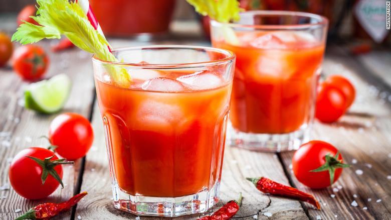 إليكم طرق متنوعة لتناول الطماطم خلال طقس الصيف الحار