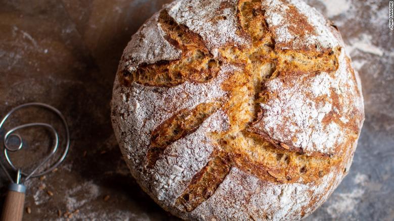 إليكم سرّ صناعة خبز العجينة المخمّر منذ 6 آلاف عام