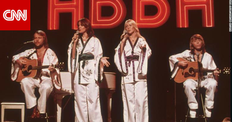 فرقة أبا السويدية تطرح أول ألبوم لها منذ 40 عامًا