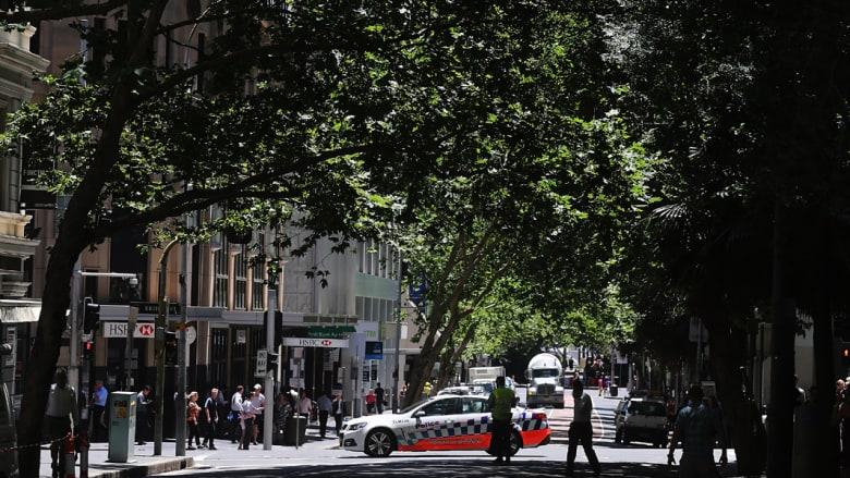 بالصور: لقطات من عملية اختطاف الرهائن في سيدني والاستنفار الأمني