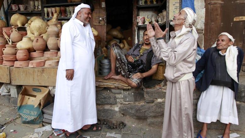 أحمر وأصفر وأخضر..كيف تطايرت رائحة البهارات من اليمن بحثاُ عن بلد آخر لا قصف فيه؟