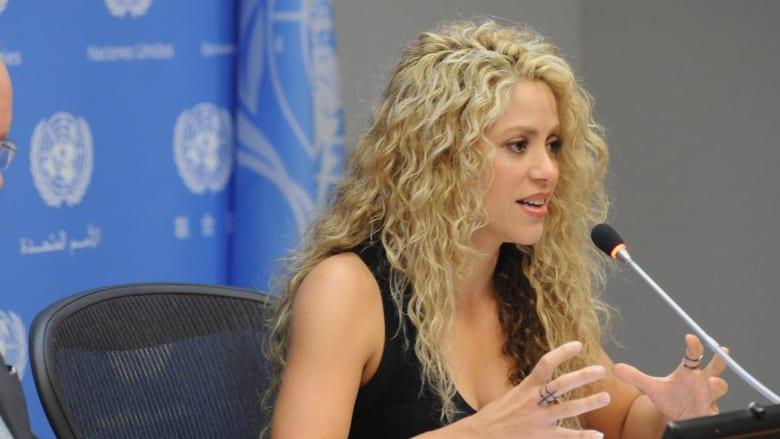 شاكيرا خلال حديثها في المؤتمر الصحفي