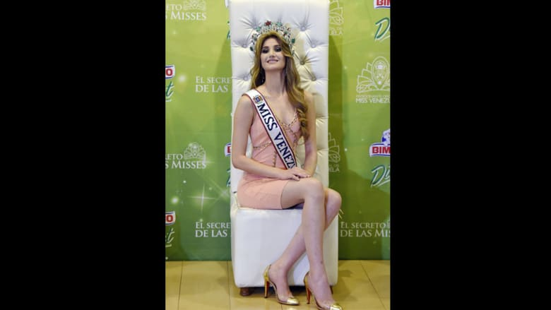 مريم حبش سورية الأصل تتوج ملكة جمال فنزويلا لعام 2015