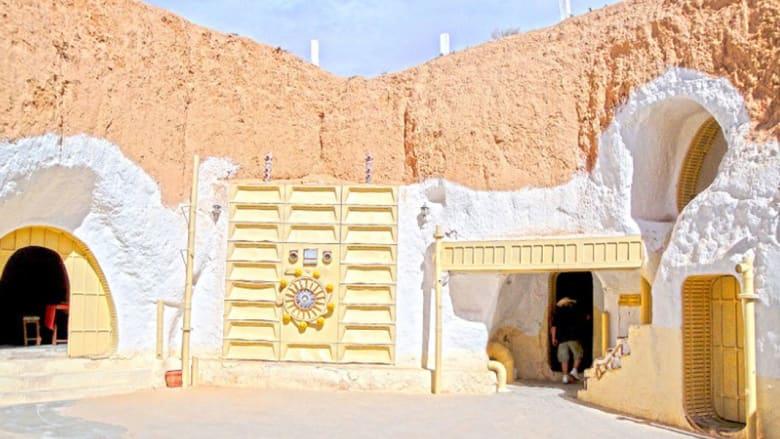 """بينها في أبوظبي... 9 مواقع حقيقية تم التصوير أفلام """"ستار وورز"""" فيها"""