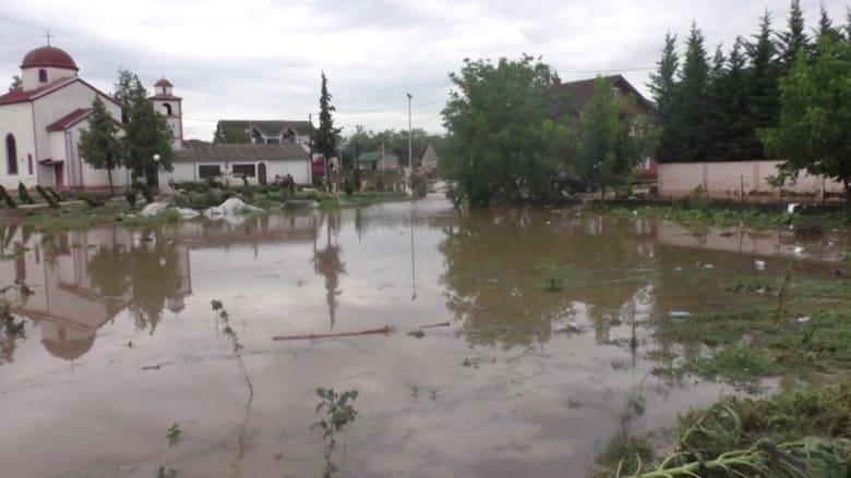 مقتل 21 شخصا على الأقل في فيضانات مقدونيا
