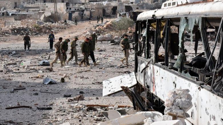 """القوات الروسية تشن غارات مكثفة شرق حلب """"تستهدف مصانع أسلحة الدمار الشامل"""""""