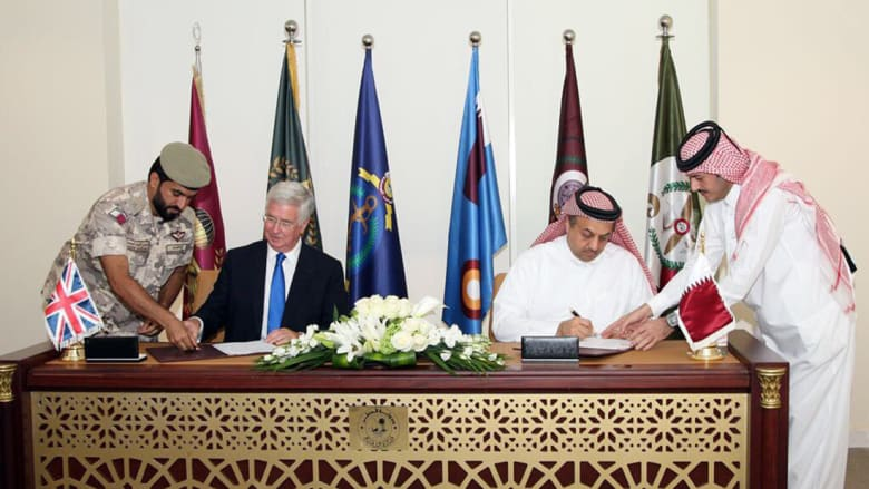 """قطر توقع خطاب نوايا مع بريطانيا لشراء 24 مقاتلة """"تايفون"""""""