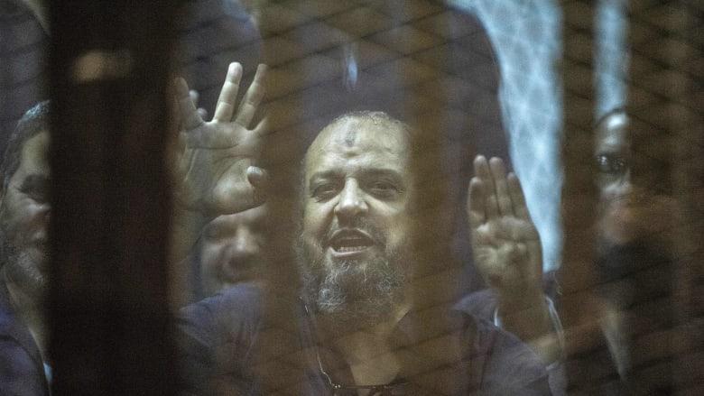 بعد تقرير إصابته بجلطة دماغية بسجنه في مصر.. البرادعي يتحدث عن حقوق محمد البلتاجي