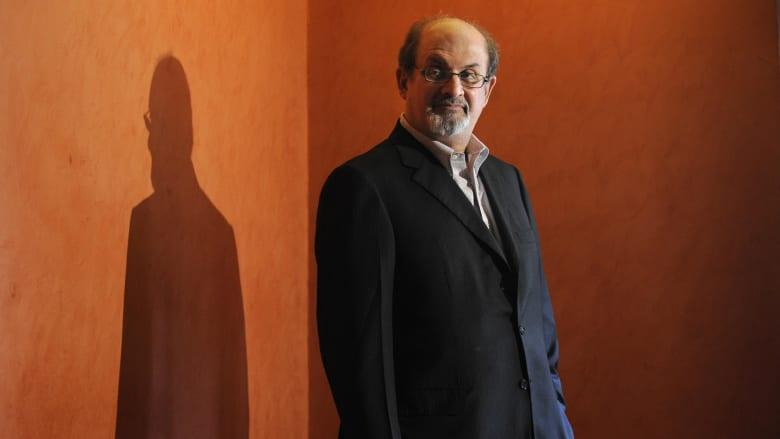 """بعد كتاب """"آيات شيطانية"""" وفتوى إهدار دمه.. سلمان رشدي يتحدث لـCNN عن حياته منذ ذلك"""
