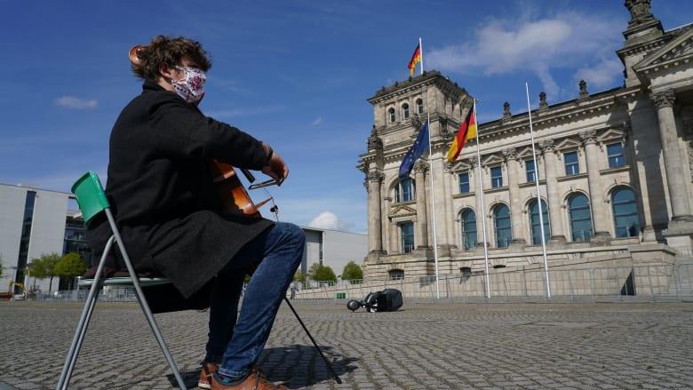 ألمانيا تعلن عن حزمة إنقاذ قيمتها 146 مليار دولار لإعادة تشغيل الاقتصاد