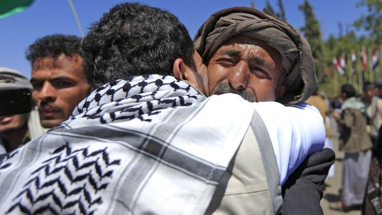 الإفراج عن أكثر من 1000 معتقل بأكبر عملية تبادل للأسرى في صراع اليمن